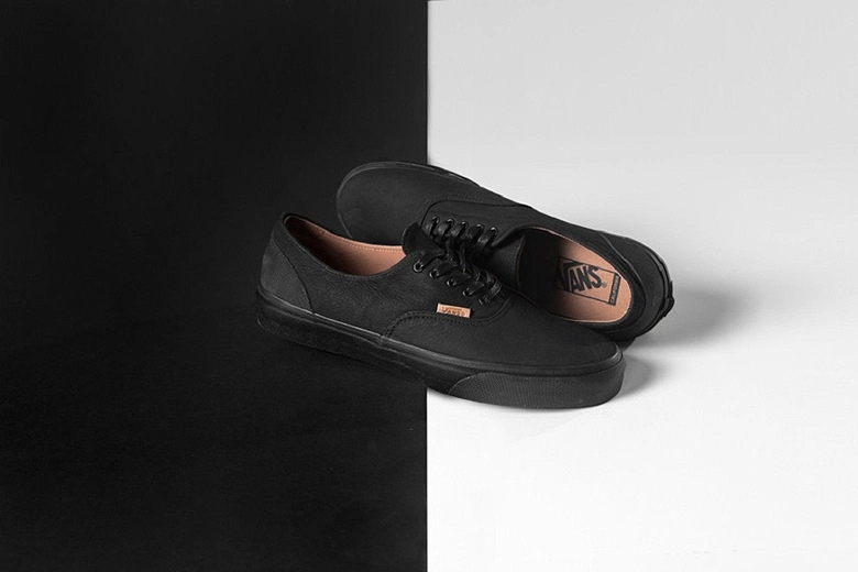 Vans California Era Decon 全新配色設計「Mono Leather」
